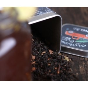 Tin with tea 50g