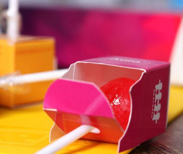 Cube lollipops